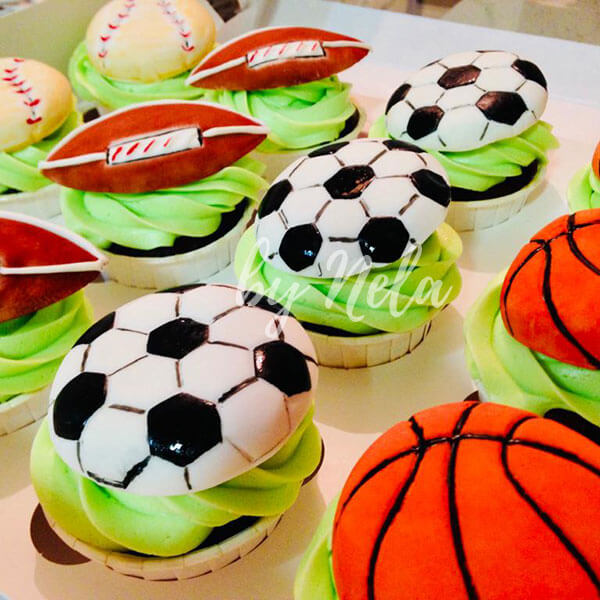 Pelotas dulces de fútbol, rugby y baloncesto
